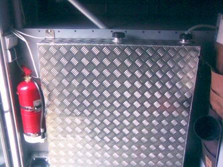 Alumīnija bāka tiek izgatavota pēc individuāla pasūtījuma 2-4 nedēļu laikā